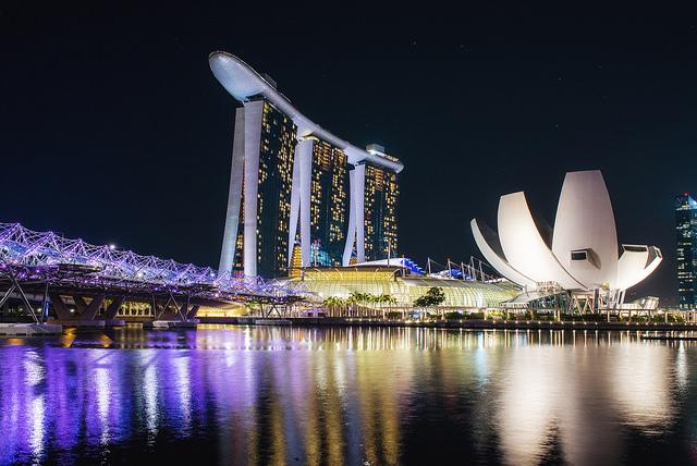 シンガポール、2015年通年の経済成長率、2.0~2.5%を堅持