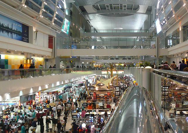 台湾ショッピングセンターの微風信義店、11月5日開店、経済効果大