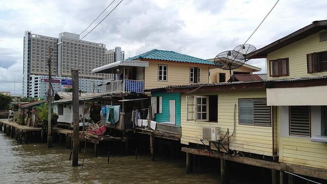 タイで低所得者向け住宅ローン始まる、手数料が0.01%