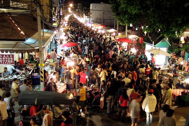チェンマイで大人気、飲酒運転を代行する飲食店