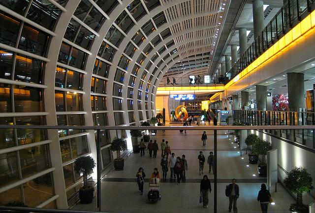 香港からの旅行者、テロの影響なし? 欧州旅行、軒並み値上げ