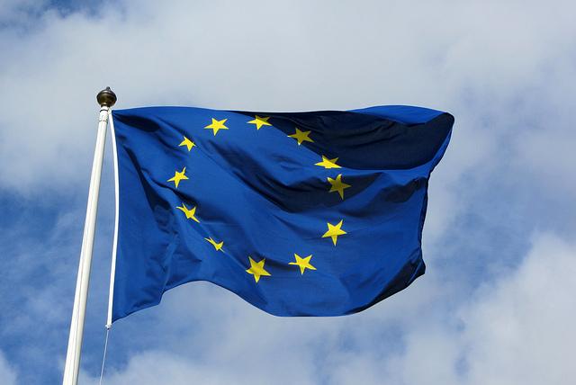 ユーロ圏、緩やかな景気回復続く=欧州委秋季予測
