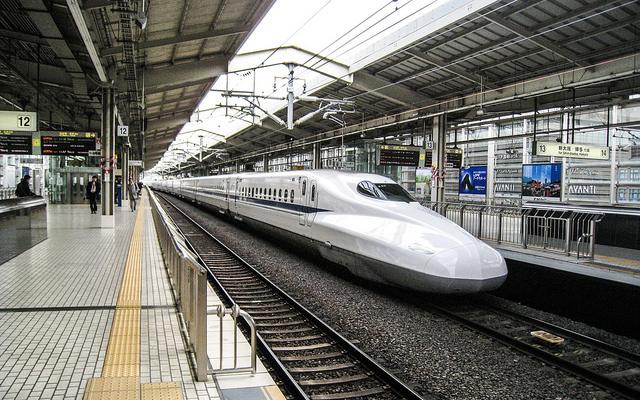 インドが新幹線の採用を決定! 日印関係さらに深まる