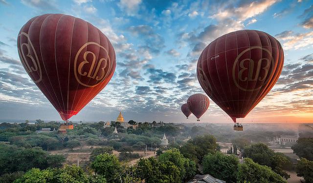 ミャンマー・ヤンゴンのクリスマスセール拡大、売上も増大