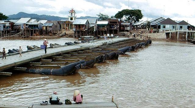 カンボジア・タケオ州バティ区が縫製工場のホットスポットに
