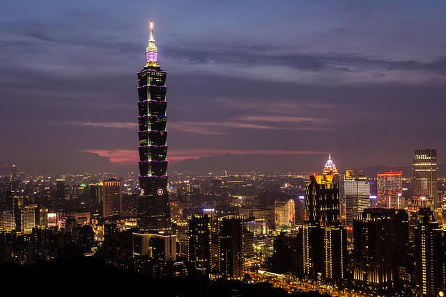 台湾、週休2日制、輸送業界は弾力対応可能