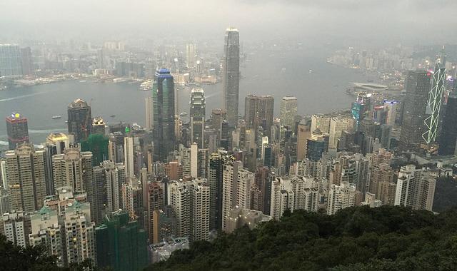 シティバンク、香港の住宅価格は来年15%下落