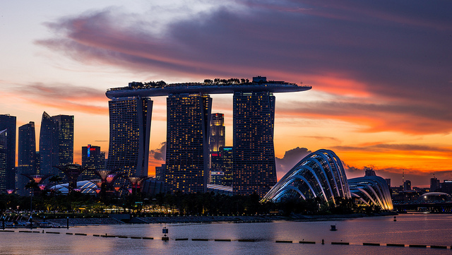シンガポール副首相、テロに対して国民の一致団結を呼びかる