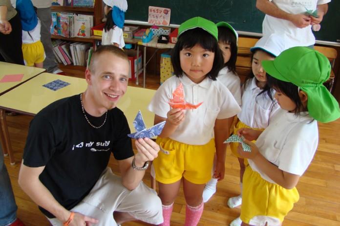 【外国人の視点】日本の学校が欧米とは違うところ20選