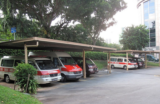 日本政府、ナイジェリアに救急車を寄贈