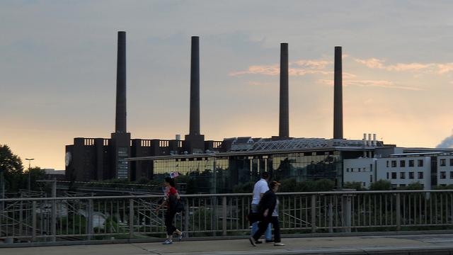独ダイムラー、リチウムイオン電池の第2工場を着工