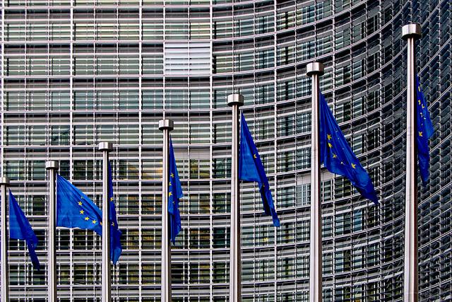 欧州委員会、EU域外で行われるユーロ建て金融取引の清算業務の監督強化