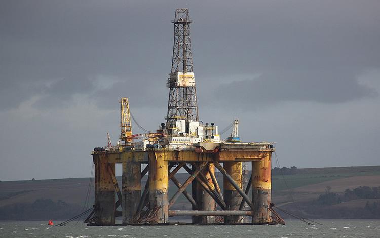 原油大幅安、背景にアジア資産からの資金引き揚げ