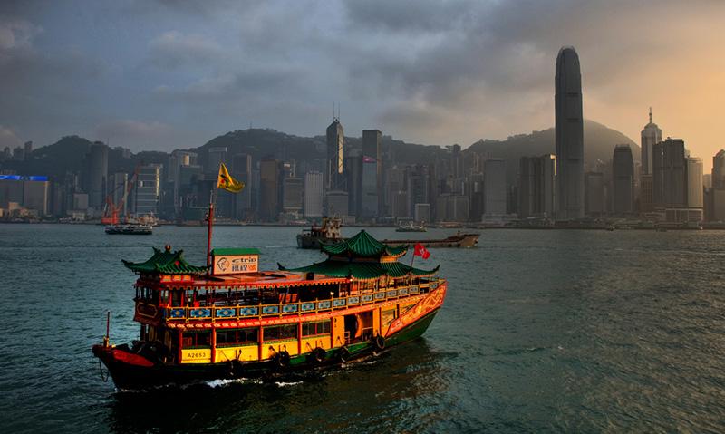 香港、先週末の住宅市場、新築取引28%減