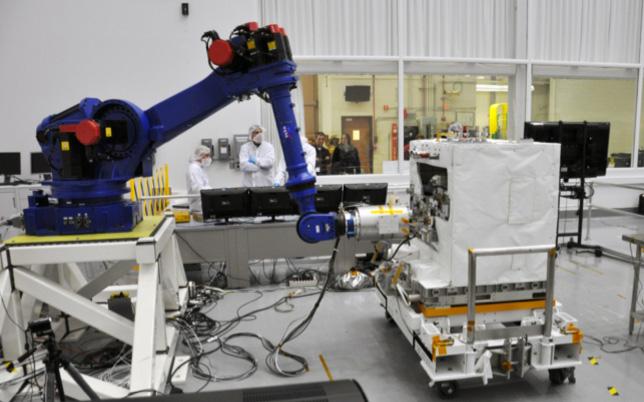エプソン、ASEANでウェアラブルデバイスの展開へ