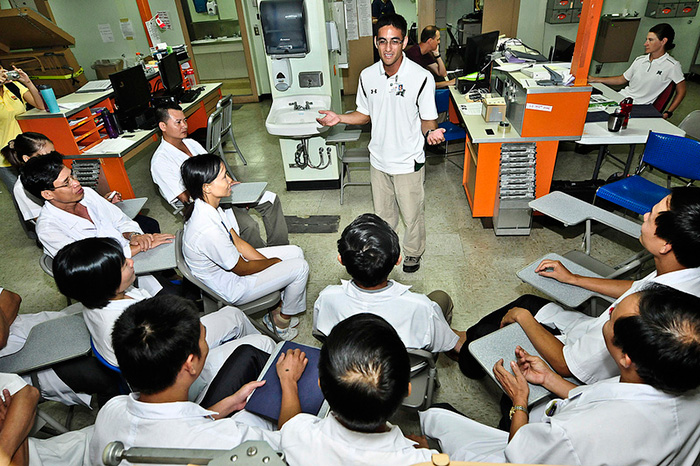 日本政府、インドネシアからの看護師介護福祉士候補者の大規模な受け入れを発表
