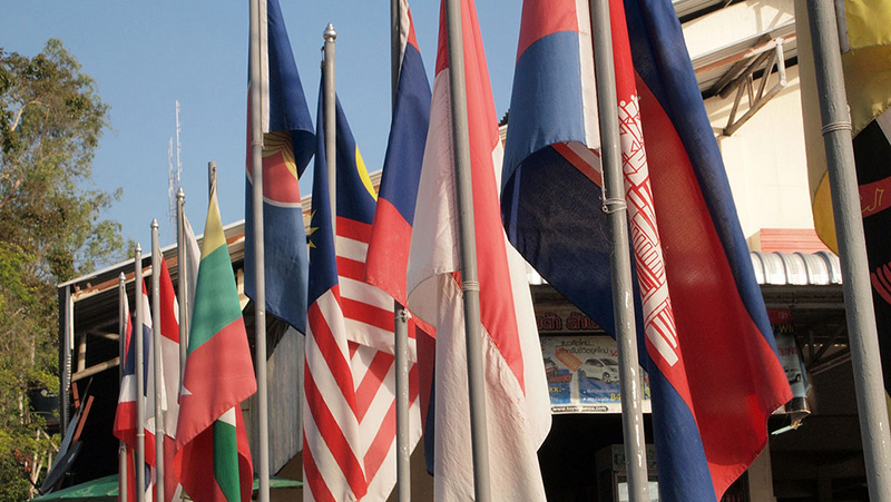 インドネシアがアセアン域内労働者の共通最低賃金を提案