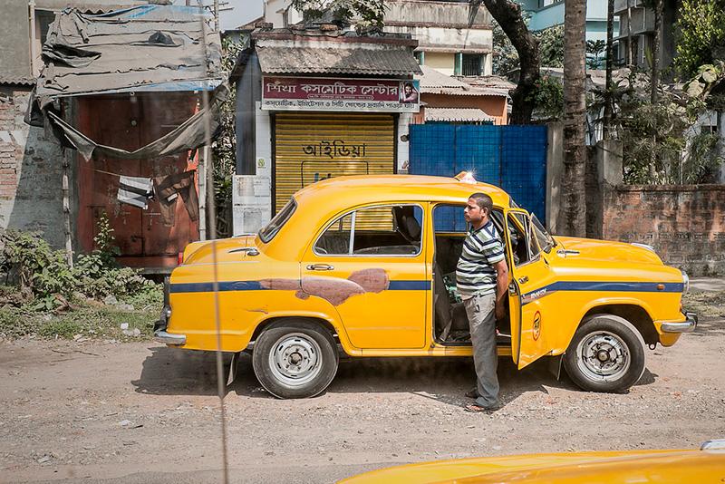 インド・デリーでUber、Ohaが現行の価格設定方式を取り下げ