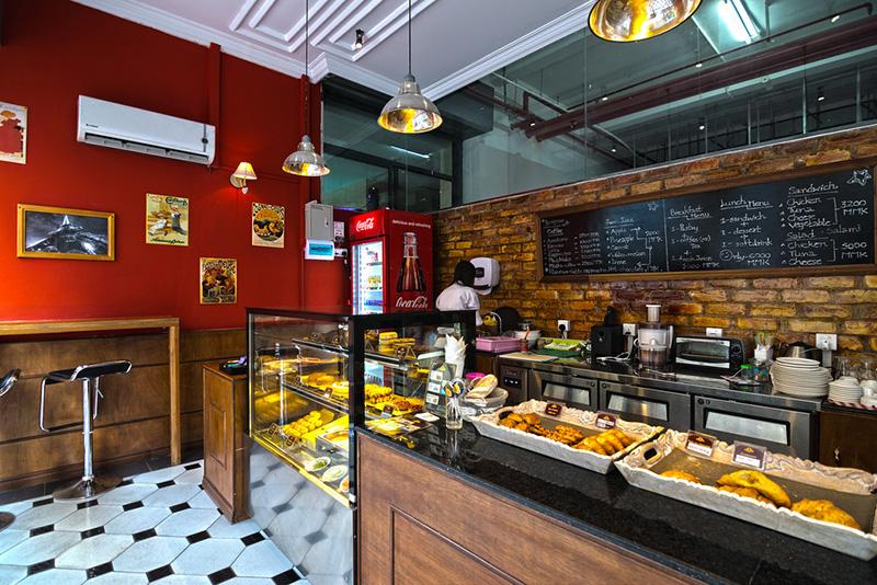 ミャンマーで喫茶店、カフェ・カルチャーがブーム
