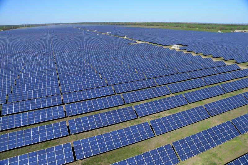 マレーシアのエネルギー大手、太陽光発電所に大型投資、国内最大