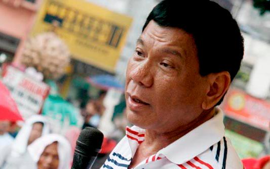 フィリピン、経済成長率を10%に 大統領任期終了までに