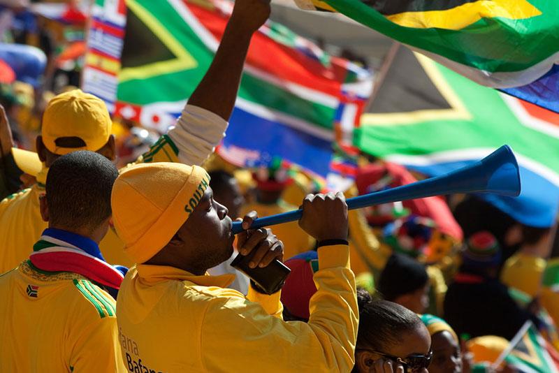 南アフリカ財務省、経済成長率見通し引き下げ、成長鈍化続く
