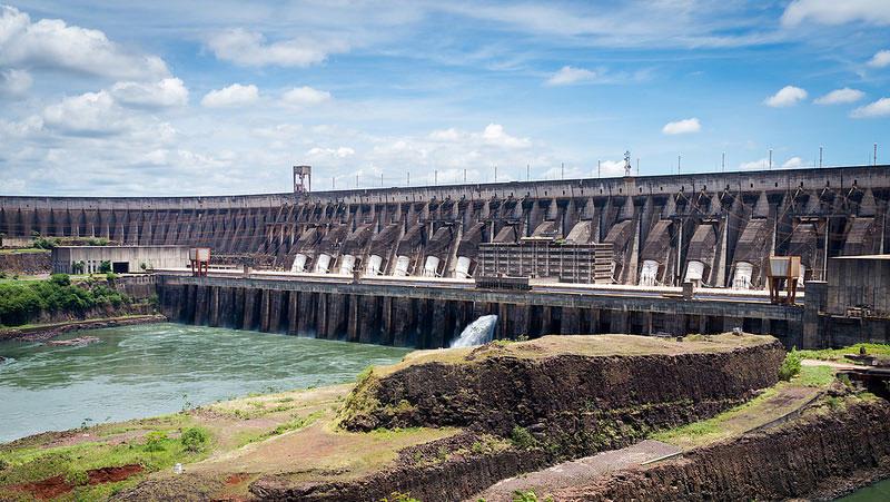 東芝、ラオスの水力発電設備の供給契約を獲得