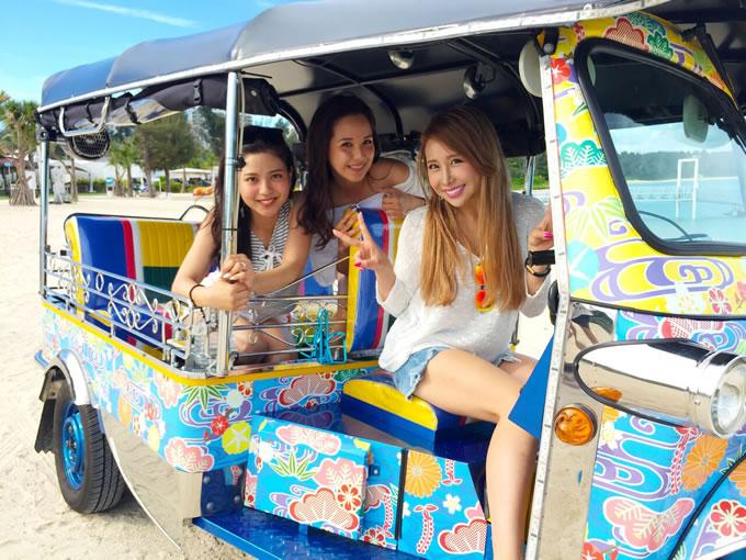 沖縄でタイの「トゥクトゥク」レンタカーサービス開始、普通免許でOK