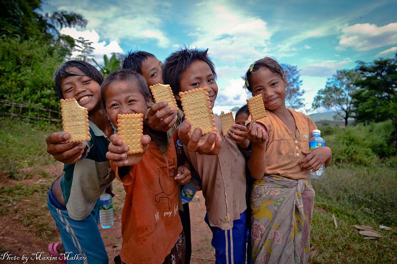 ミャンマー:女性縫製労働者の通勤の安全確保が求められる