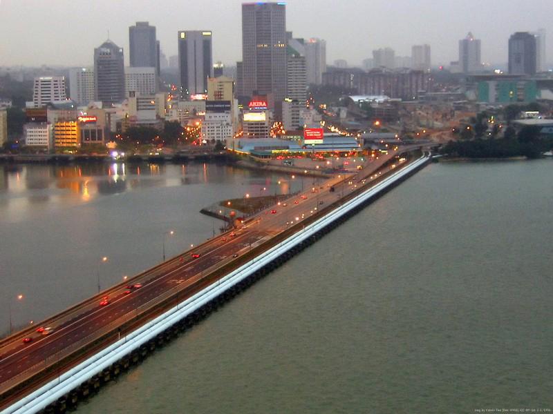 シンガポールとマレーシアの領空・領海問題で両国の外務相が会談