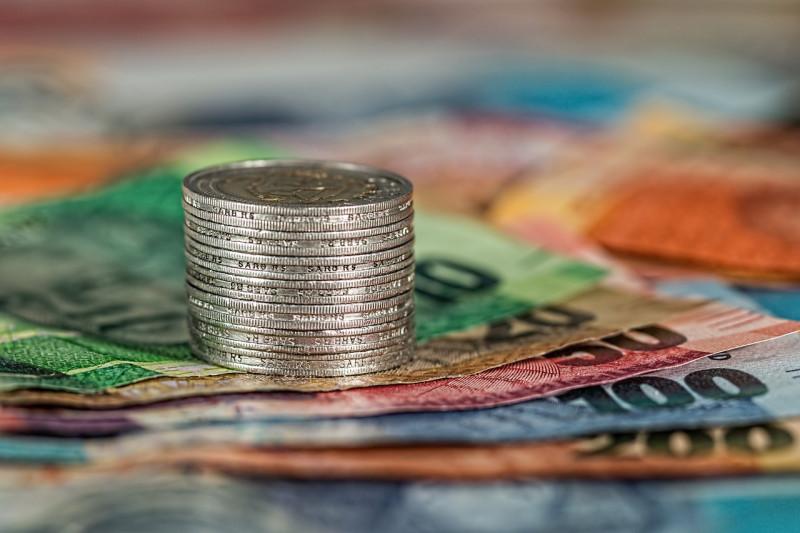 ミャンマー:中央銀行、クレジットカードの返済利息を年利20%と設定
