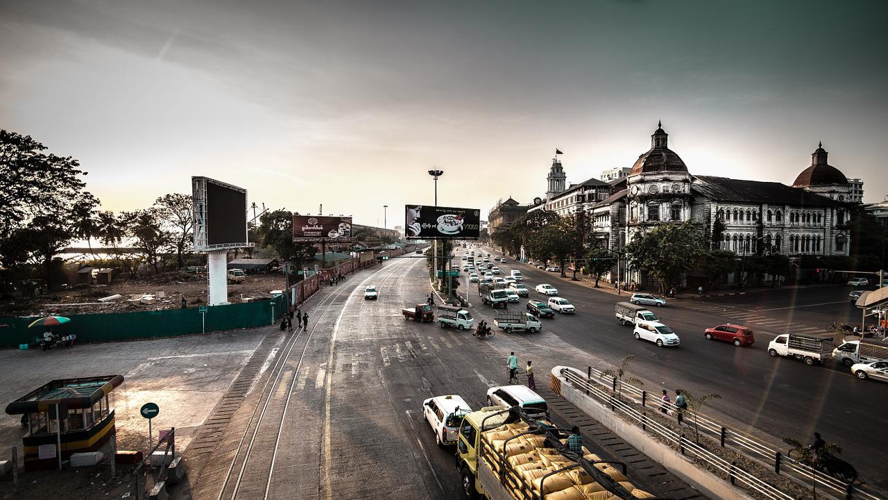 ミャンマー・ヤンゴン市内の道路水没対策に1億米ドル