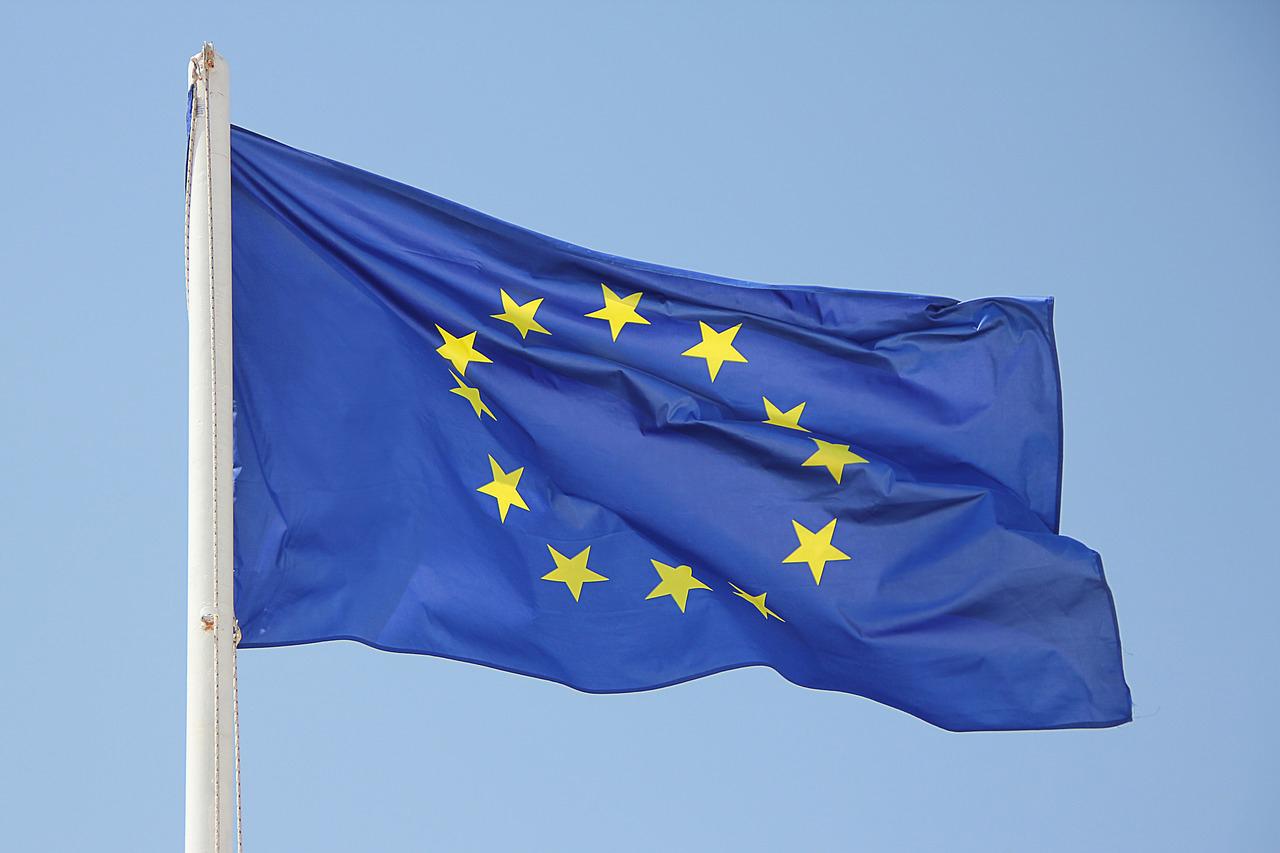 EU上方修正もリスク大、トランプ政権や欧州選挙、EU離脱による不確実性
