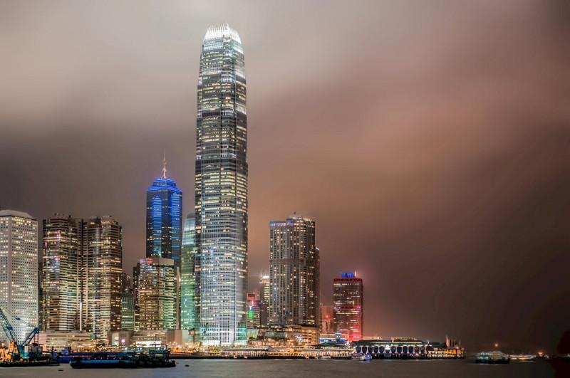 香港の梁長官、「鉄道+不動産」の戦略アピール