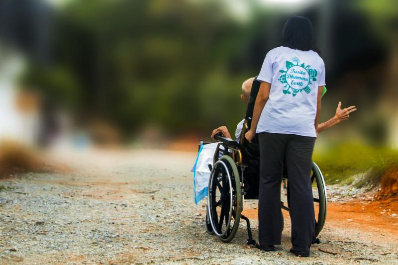 ミャンマー労働大臣、介護の技能実習生の派遣許可を政府に要求