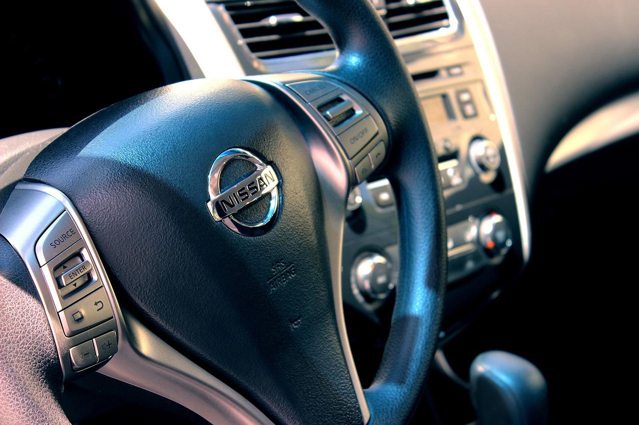 日産「サニー」、ミャンマーの新車市場に向けて生産開始