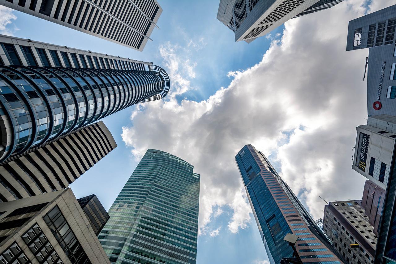 シンガポール、昨年の事業体設立、外国人の割合が急拡大