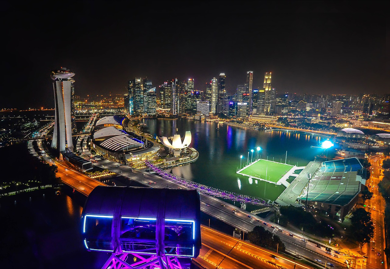 シンガポール、通年のGDP増加率予想、通産省が上方修正
