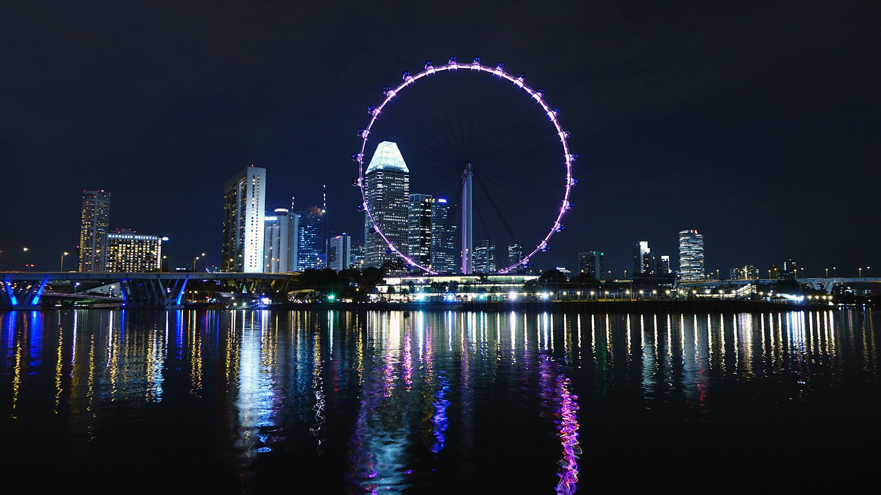 シンガポール、昨年の外国人入国者と観光収入、過去最高を更新