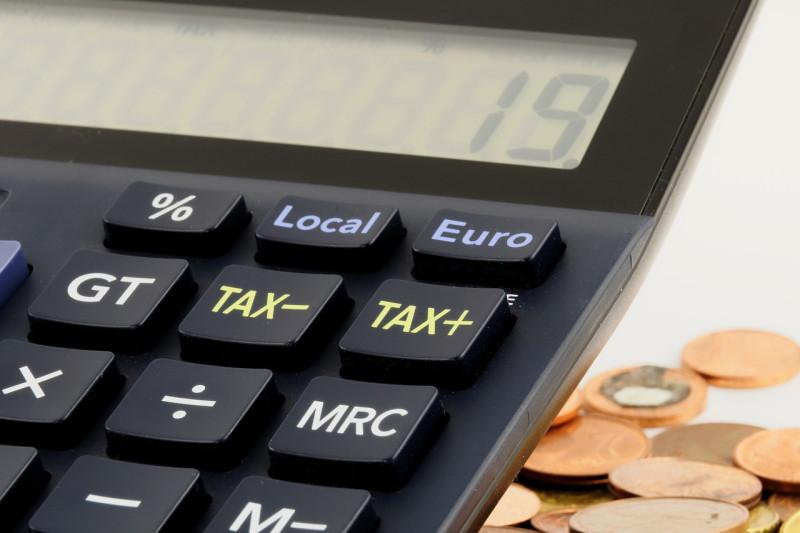 免税措置の削減でインドの税金GDP比率の拡大を目指す