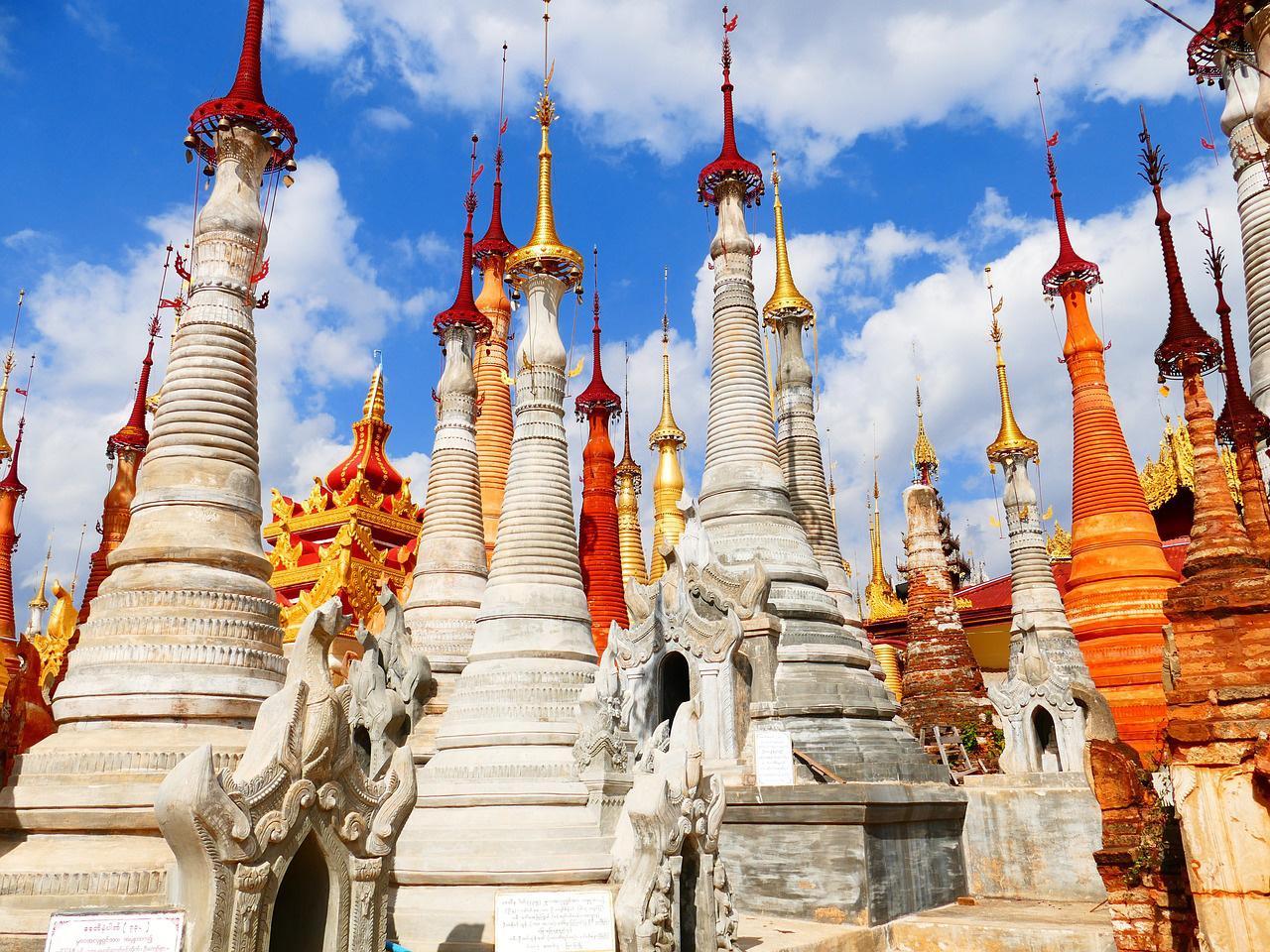 ミャンマーの古都バガンで『仏塔登り』を有料化へ