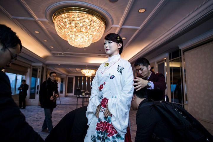 中国工場、労働力9割をロボットに入れ替え 250%の生産増