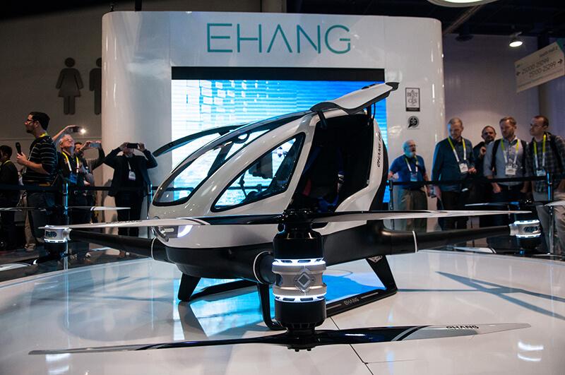 シンガポールの「空を飛ぶタクシー」、2030年までには実現へ