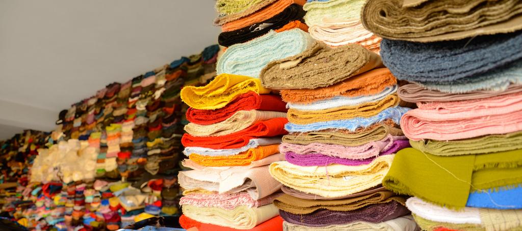 ベトナムの繊維産業展示会に、イタリアから多数の紡績・縫製機械メーカーが参加