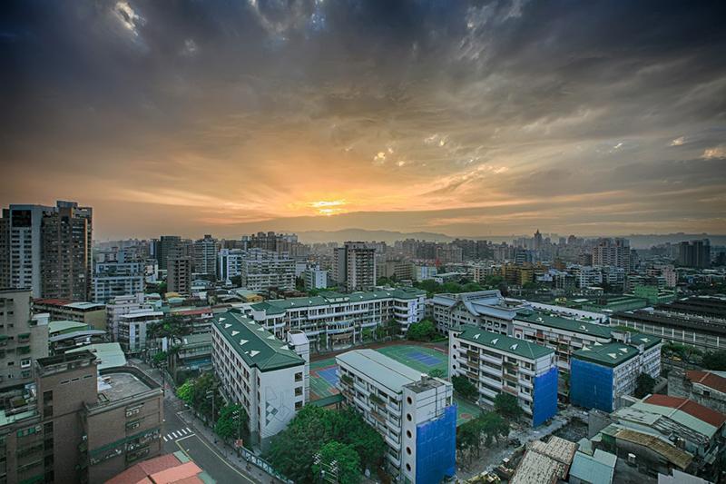 台湾の「基礎建設計画」、4万~5万人雇用創出