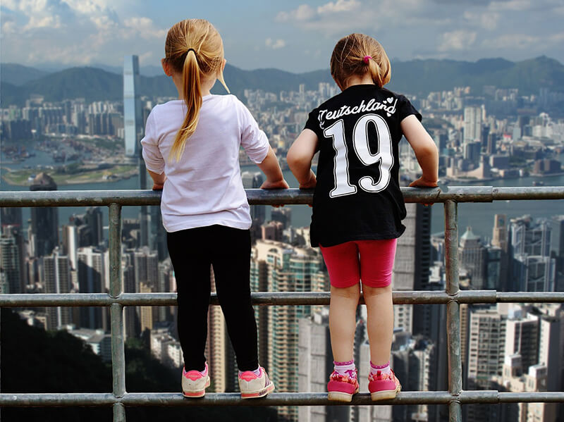 香港の人口の男女比、女性1,000人に男性925人