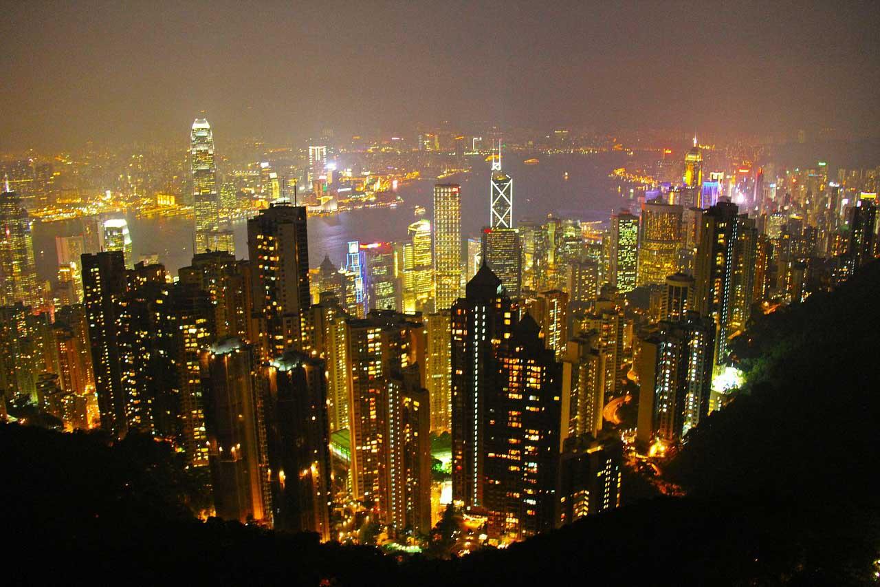 香港の買春のメッカであるビル、部屋の過半数が不法占拠