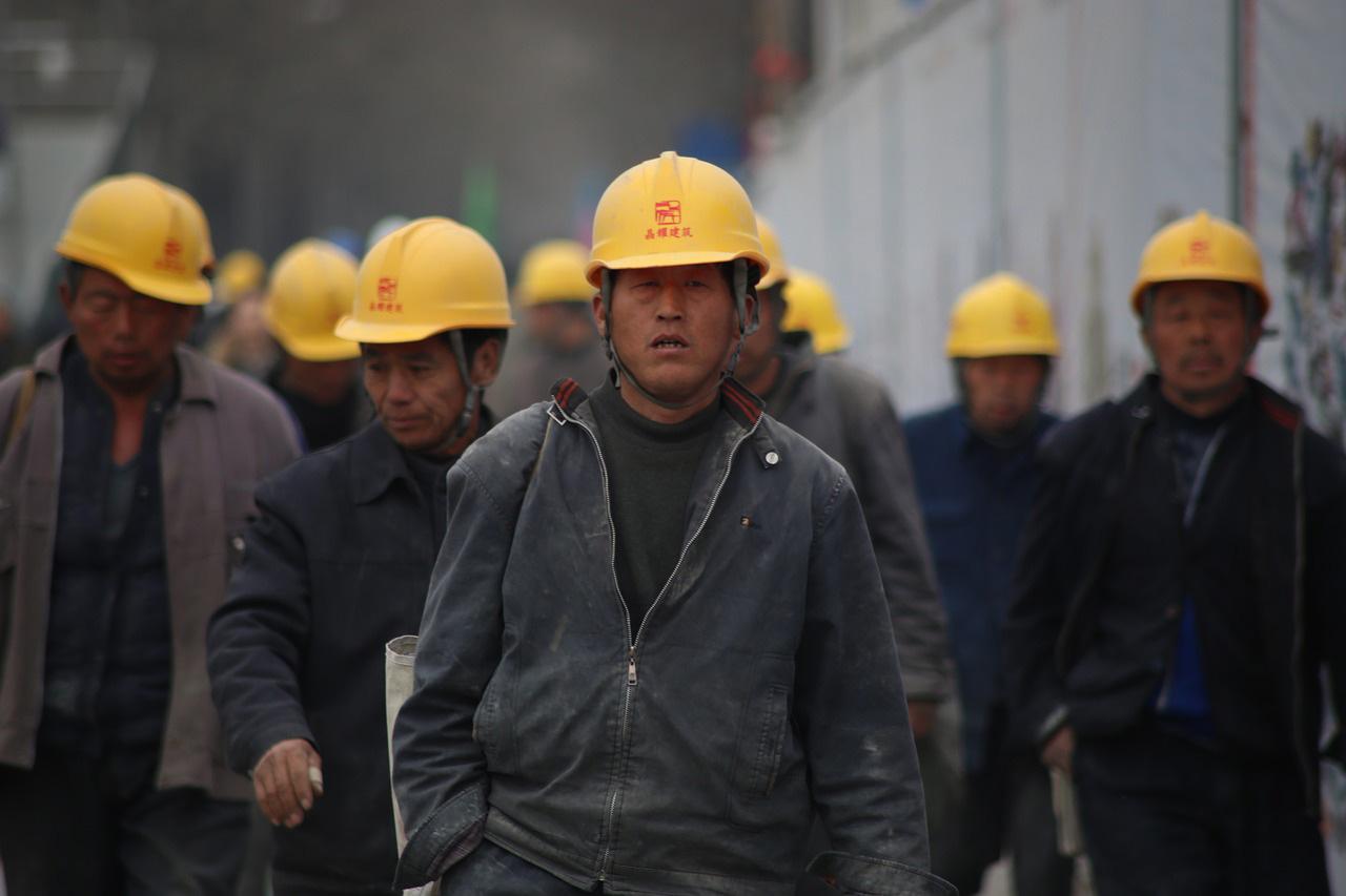 労働許可なしの外国人が依然として就労=インドネシア