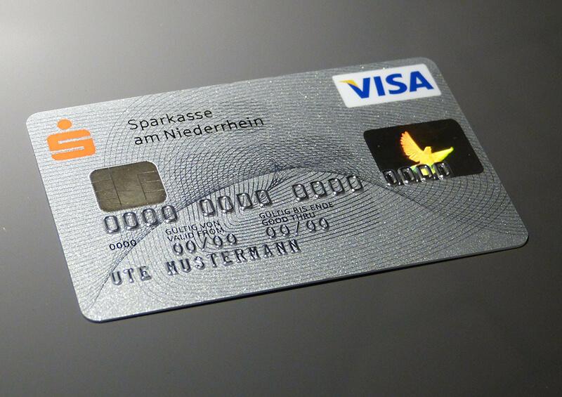 ミャンマーでクレジットカードの返済利息が引き上げへ