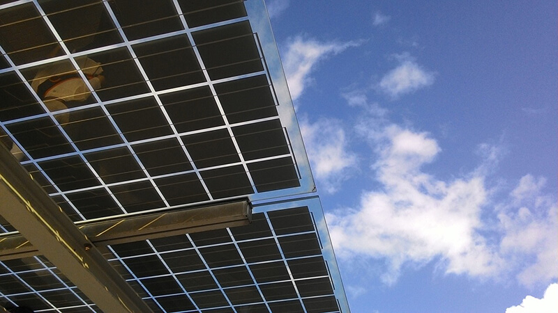 ソフトバンク、インドで「世界で7番目に大きいメガソーラー発電所」の運転を開始